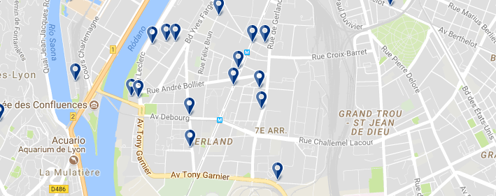 Staying in 7e Arrondissement - Click on the map to see all available accommodation in this area