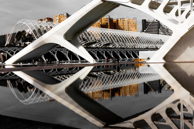 Best neighborhoods to stay in Valencia, Spain - Ciudad de las Artes y las Ciencias