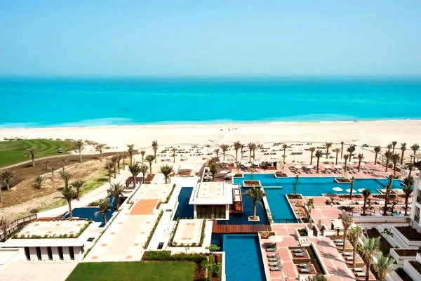 Stay in Saadiyat Island, Abu Dabi