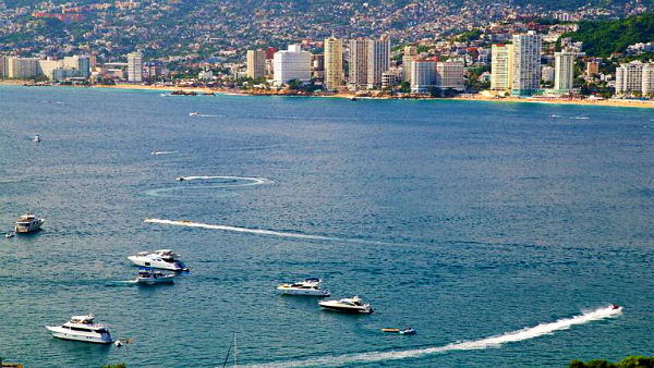 Best areas to stay in Acapulco - Puerto Marqués