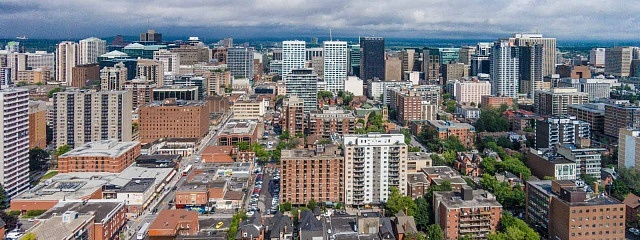 Best areas to stay in Ottawa for business - Downtown