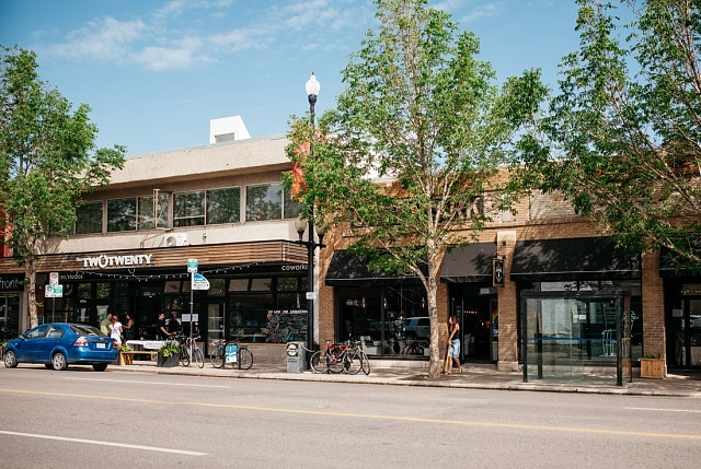 Where to stay in Saskatoon - North Industrial District