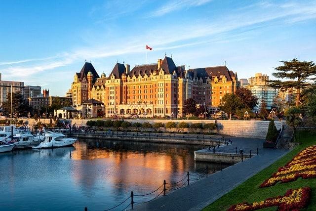 Best neighbourhoods to stay in Victoria, Canada - Inner Harbour