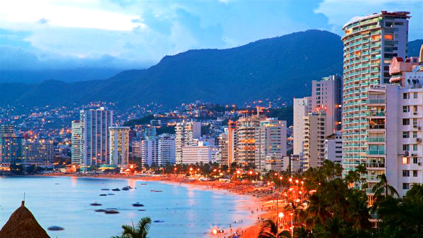 Best areas to stay in Acapulco - Acapulco Diamante (Diamond Acapulco)