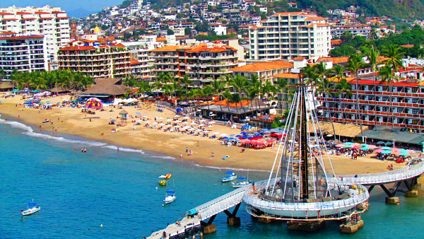 Best areas to stay in Puerto Vallarta - Zona Romántica