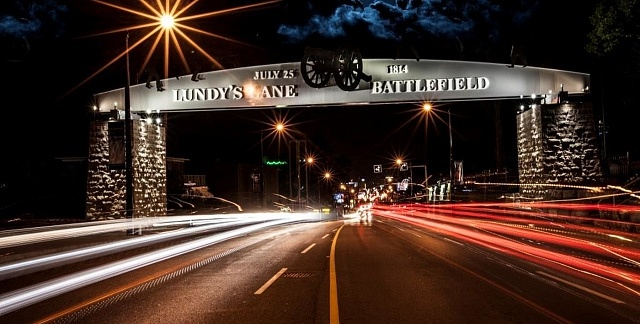 Where to stay in Niagara Falls, Canada - Lundys Lane