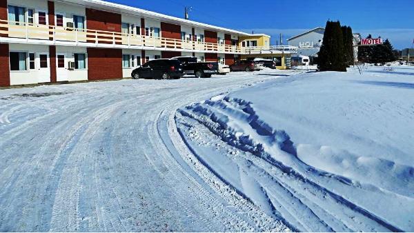 Where to stay in Thunder Bay - Loch Lomond Ski Area