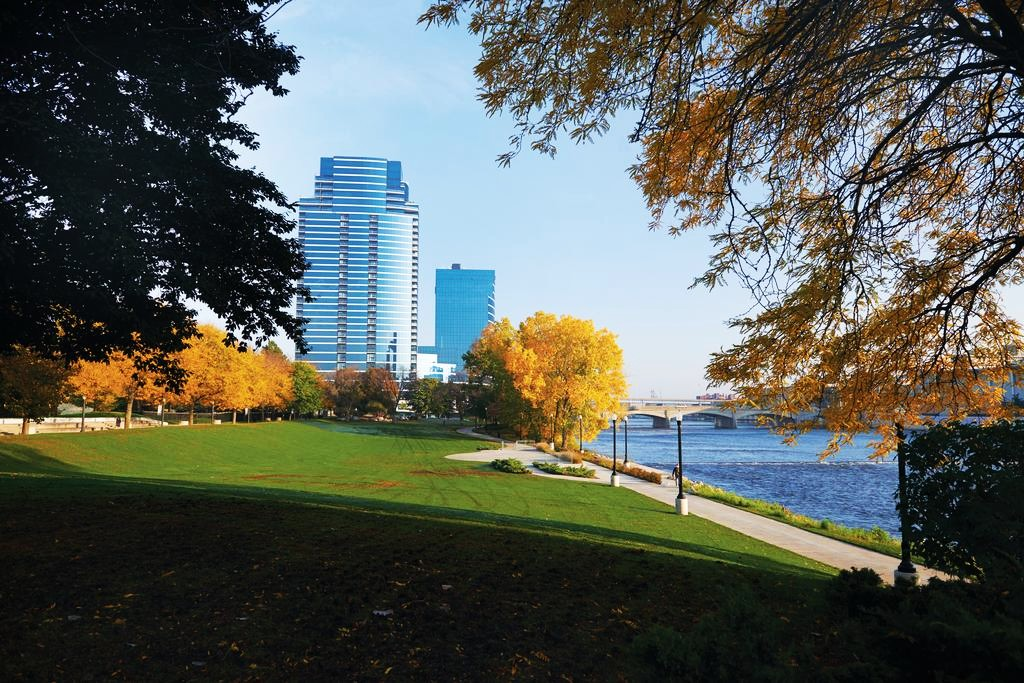Where to stay in Grand Rapids - Downtown