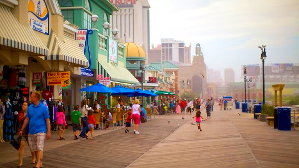 Best areas to stay in Atlantic City - Atlantic City Beach